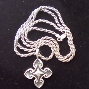 """Vtg Sterlin Silver 20""""Rope Chain/ Cross .925 Italy"""
